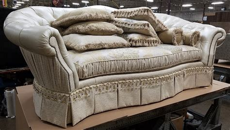 Luxury Sofa Fine Fabrics Highlight This Extraordinary Hand