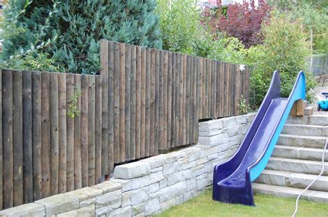 Mehr Privatsphaere Im Garten by Sichtschutz Aus Holz F 252 R Mehr Privatsph 228 Re Im Garten