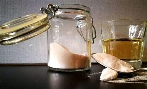 pulizia tappeti con bicarbonato come pulire i tappeti con prodotti naturali aceto e