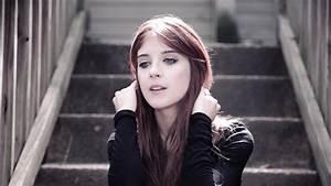 Virginia Maestro - Loneliness  Official Video