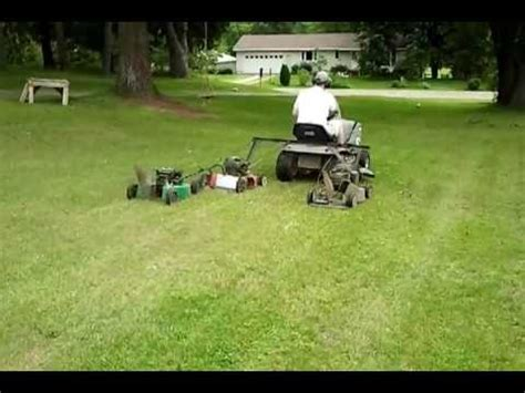 mow  lawn faster pull  riding mower   turn