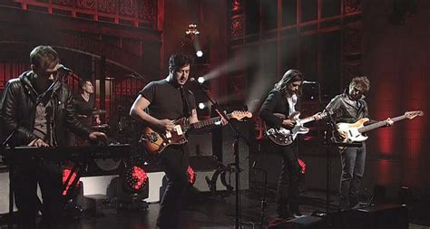 mumford and sons snl mumford and sons go electric for dynamic snl performance