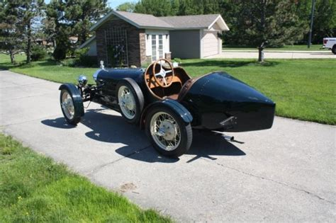 The type 35 was phenomenally successful, winning over 1,000 races in its time. 1927 Bugatti Type 35 replica