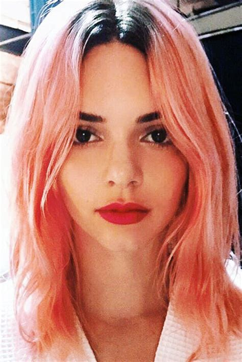 kendall jenner straight pink dark roots hairstyle steal