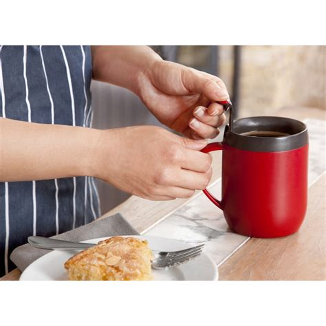 The avanti café press coffee plunger is the ideal vessel for filtering your favourite coffee blend and coming in 4 sizes means you can make. Zyliss Hot Mug and Coffee Plunger with Lid For NZ$16.14   Kitchenware New Zealand