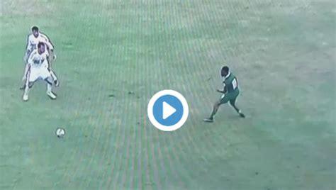 video alex iwobi performs outrageous rainbow flick