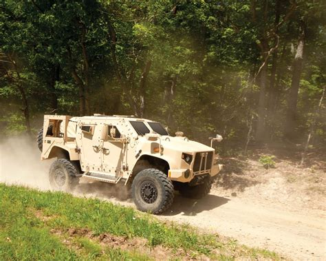 Replacement For Humvee by Here Is The Badass Truck Replacing The Us S Aging