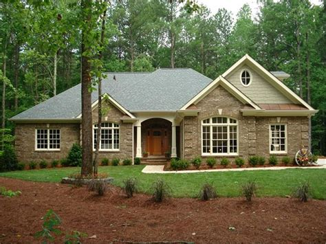 New One Story House Plans by Traditional One Story Home In Summer Keeping It Simple