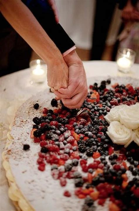 Fruit Wedding Cake Ideas For Spring Weddingelation