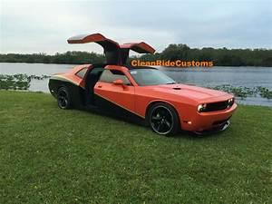 Dodge Challenger Srt8 : four door dodge challenger srt8 has rear gullwing doors for sale at 250 000 autoevolution ~ Medecine-chirurgie-esthetiques.com Avis de Voitures