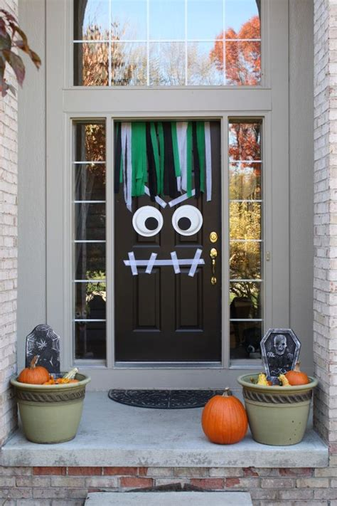 Scary Cubicle Halloween Decorating Ideas by 25 Ideas Para Decorar La Puerta De Casa Para Halloween
