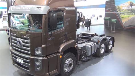 volkswagen constellation tractor   tronic exterior