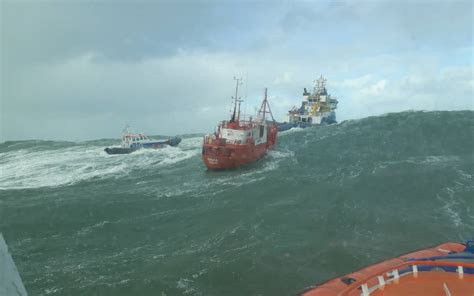 Boten Op De Noordzee by Kijken Bijzondere Beelden Van Reddingsactie Op Noordzee