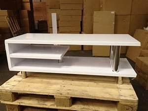 meuble tv design blanc laque import diffusion destockage With comment laquer un meuble en blanc