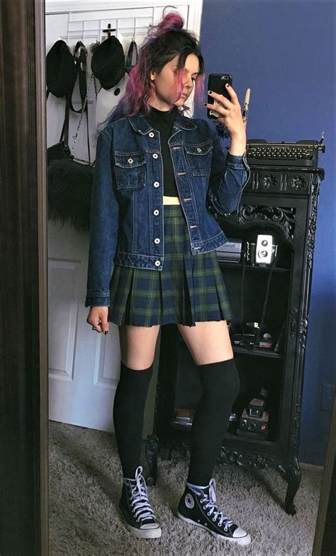 The 25+ best Grunge outfits ideas on Pinterest | 90s fashion grunge Winter grunge and Casual ...