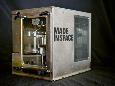space  send  printer  space station