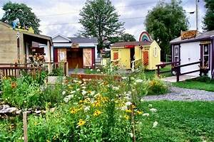 Tiny house village living little pinterest for Tiny house village
