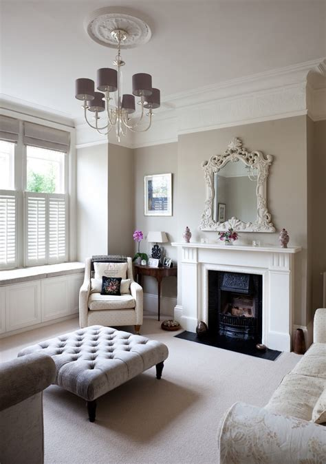 A modern victorian house interior full of design ideas. Victorian Decor Style For Bedroom And Living Room #15451 ...