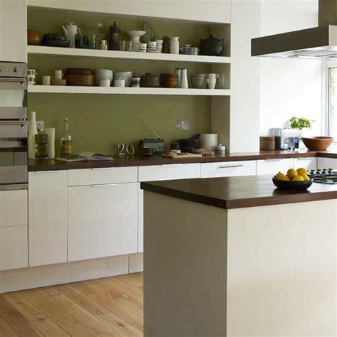 kitchen olive green белые кухни в интерьере более 100 фото 2347