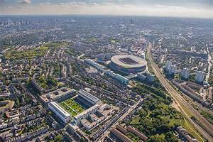 London Olympic Stadium Lights Wembley And The Emirates Like You 39 Ve Never Seen Them