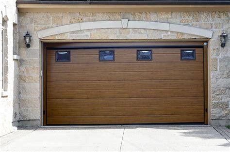 Porta Garage Sezionale by Porte Basculanti E Sezionali A Vicenza Bertoldo