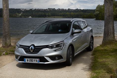new renault megane new renault megane estate analyzed in 99 photos carscoops
