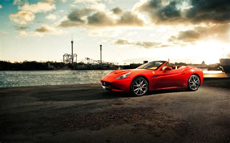 20 Excellent Hd Ferrari Wallpapers