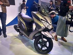 Scooter Burgman 125 : suzuki burgman street 125 things you need to know about the new scooter ndtv carandbike ~ Medecine-chirurgie-esthetiques.com Avis de Voitures