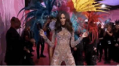 Secret Victoria Moments Dancing Giphy Tasteful Pretty
