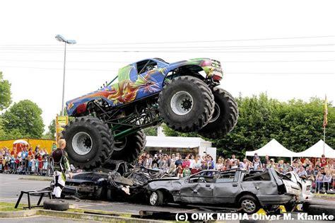 bradford monster truck show enkhuizen decor voor grote stunt en monster truck show