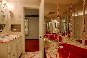 Jacuzzi tub hotel top dallas hotels with jacuzzi tub in for Gatlinburg tn honeymoon suites