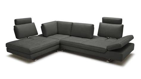 canape d 39 angle en cuir contemporain minho mobilier moss