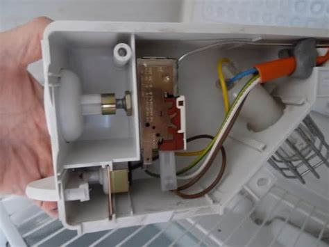 Freezer Thermostat Wire Diagram 4 by آموزش تعمیر و تعویض ترموستات یخچال روش ساده در 1 دقیقه