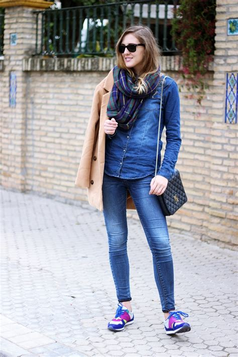 TREND: Bloggers wearing denim on denim - OOTD Magazine