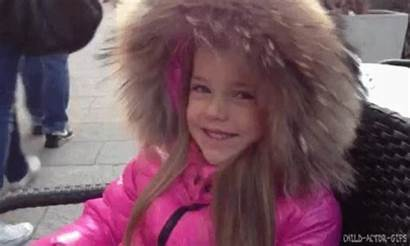 Kristina Pimenova Gifs Barker Child Princess Anos