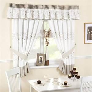 Textilewise curtains in edinburgh bedding roller blinds for Kitchen curtins