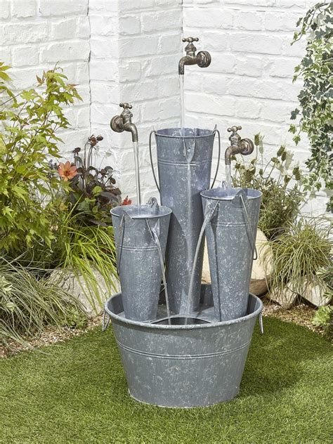 hovering tap trio water feature waterfeatures2go