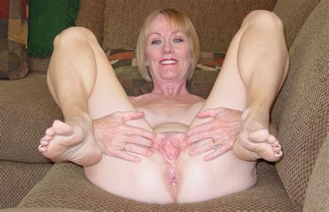 mature pussy feet 22737 another mix of mature feet and we
