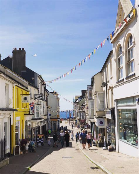 Seaton Town Council declares a carbon neutrality date and ...