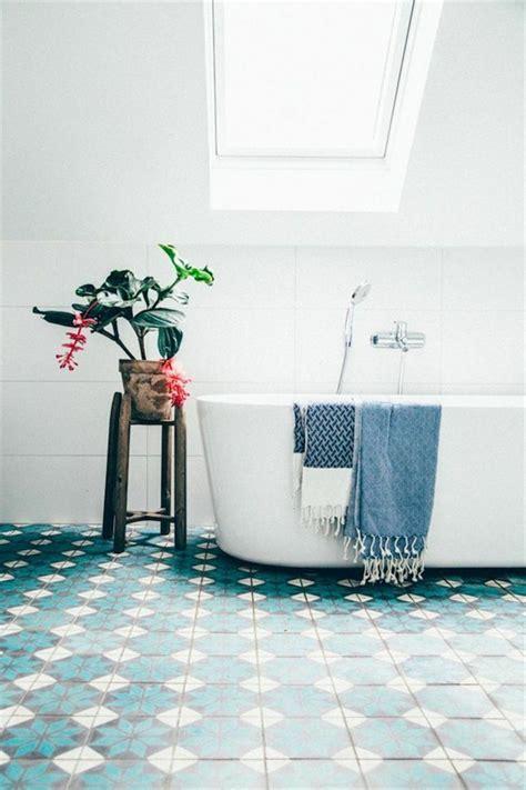 Kleines Bad Unter Schräge by Badewanne Unter Dachschr 228 Ge 22 S 252 223 E Modelle