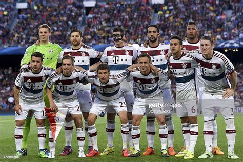 Bayern Munich players pose during the UEFA Champions ...