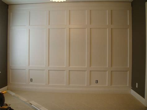 feature wall houzz  home trimmoldingsmillwork