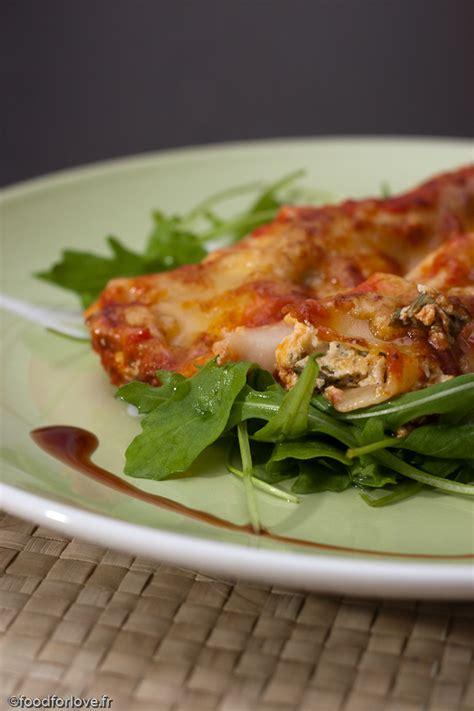 cuisine italienne cannelloni cannelloni ricotta et roquette sauce marinara food for