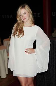 """Ashley Johnson Pictures - """"Much Ado About Nothing ..."""