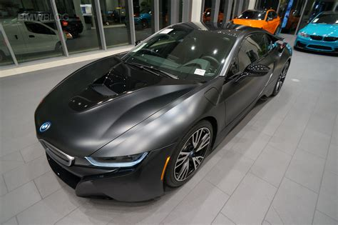 The Frozen Black Protonic Edition I8 Shows Up In Los Angeles