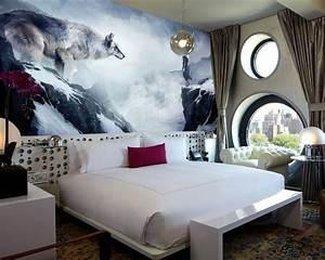 decoration chambre loup With chambre bébé design avec valise fleurs de bach