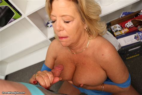 Big Gilf Tits Cum Hot Girls Wallpaper