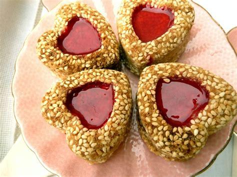 ratiba cuisine coeurs aux grains de sésames recettes de gateaux