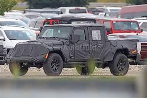 Jeep Wrangler Pick Up : spy photos reveal more about jeep wrangler pickup news ~ Medecine-chirurgie-esthetiques.com Avis de Voitures