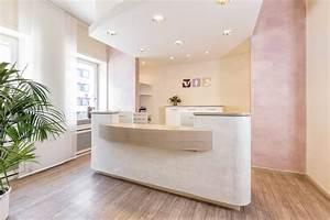 Praxis Anmeldung Möbel : eine moderne arztpraxis harmonisch freundlich ~ Markanthonyermac.com Haus und Dekorationen